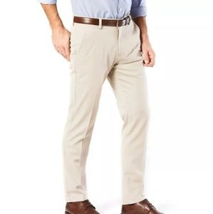 NWT Men Khaki Dockers Iron free classic fit pants